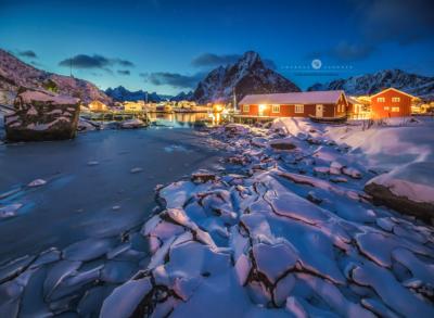 Winternacht in Reine Lofoten